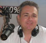 100% Radio : la toulousaine qui a défié Radio France